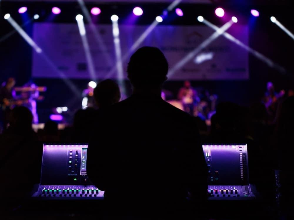 舞台監聽是什麼?